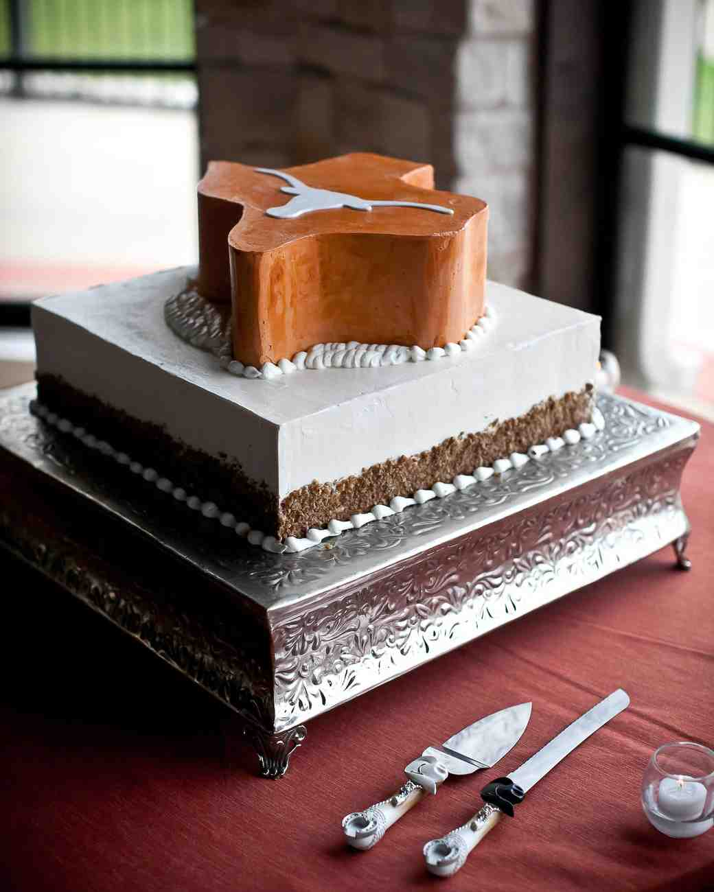Grooms Cake Groom Wedding Martha Stewart Weddings Ideas