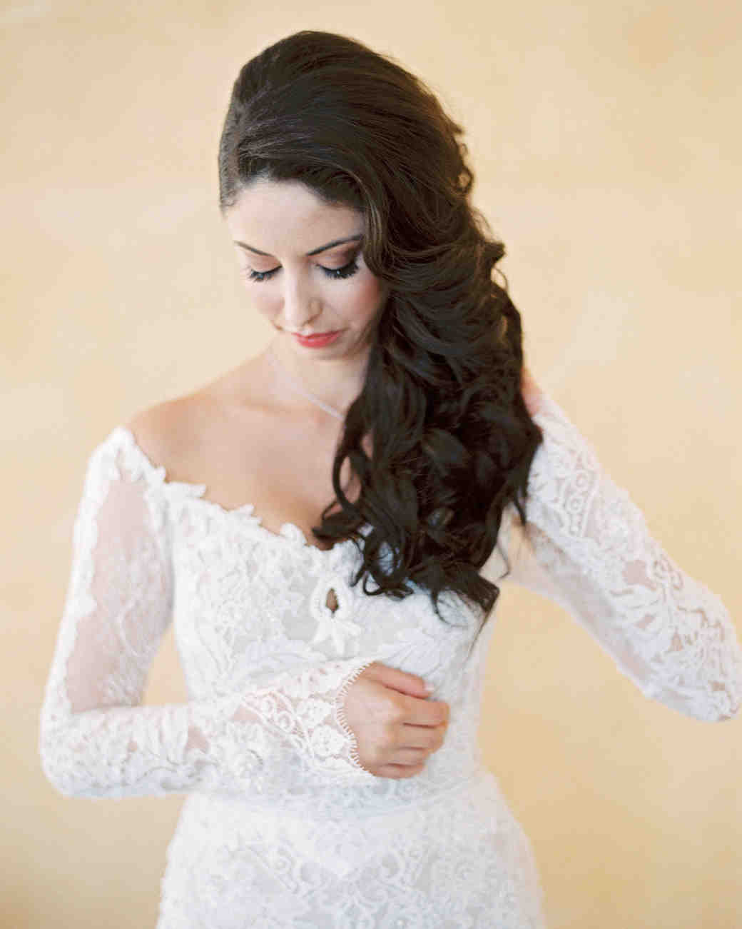 Hairstyles Off the Shoulder Wedding Dress