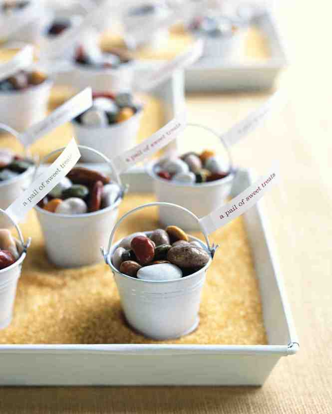 Homemade Wedding Favor Ideas With 24 Diy Projects Craft How Tos