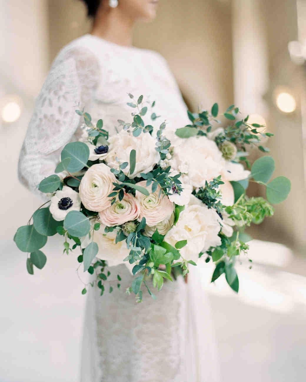 41 Stunning Ranunculus Wedding Bouquets Martha Stewart
