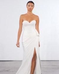 Dennis Basso for Kleinfeld Fall 2018 Wedding Dress ...