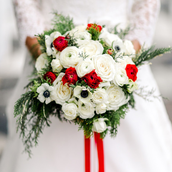 why are wedding bouquets