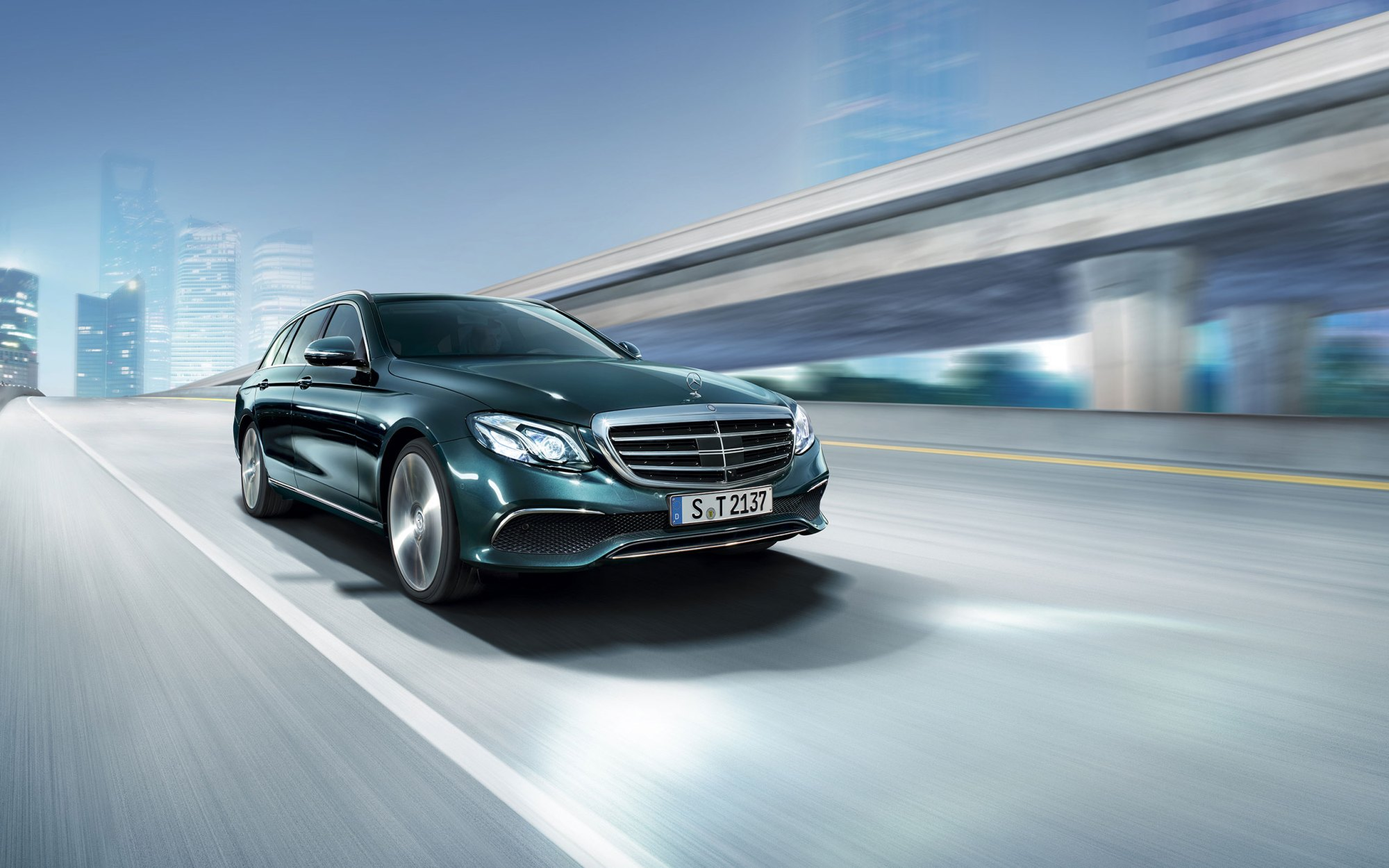 hight resolution of the all new mercedes benz e400 wagon