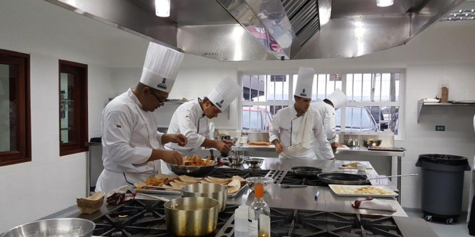 Escuela de gastronoma Mariano Moreno abre sus puertas en