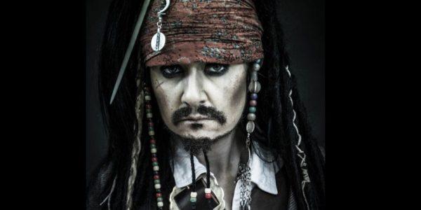 Mujer Gasta 6 Mil Lares Para Parecerse Jack Sparrow