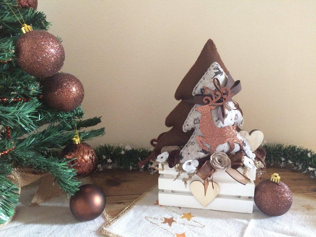 Paesaggio natalizio Shabby su cassettina in legno  Feste  Natale   su MissHobby