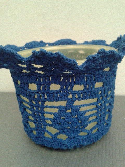 portavaso giallo blu ad uncinetto riciclo creativo  Per