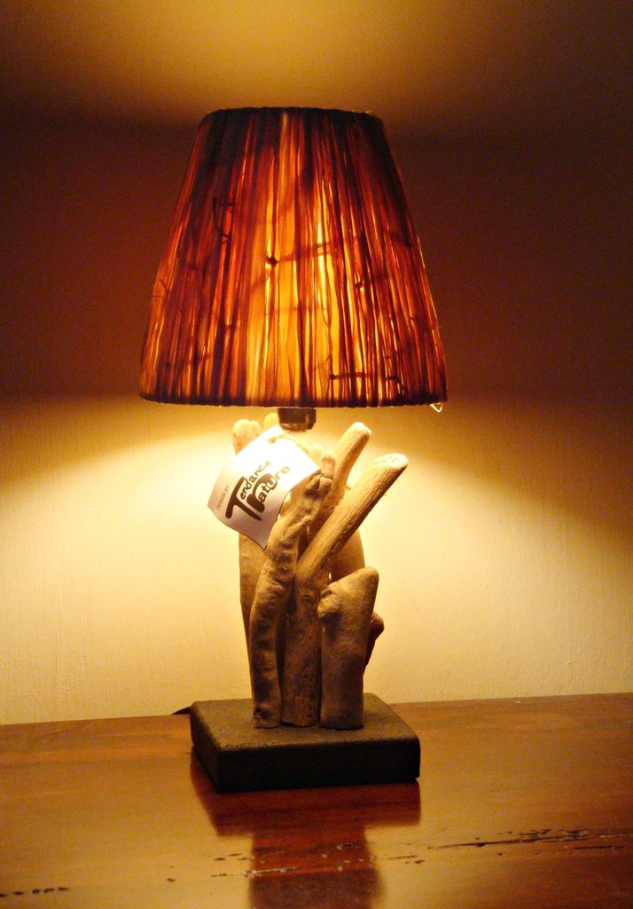 Lampada KLETT con legni di mare e rafia  Per la casa e per te    su MissHobby