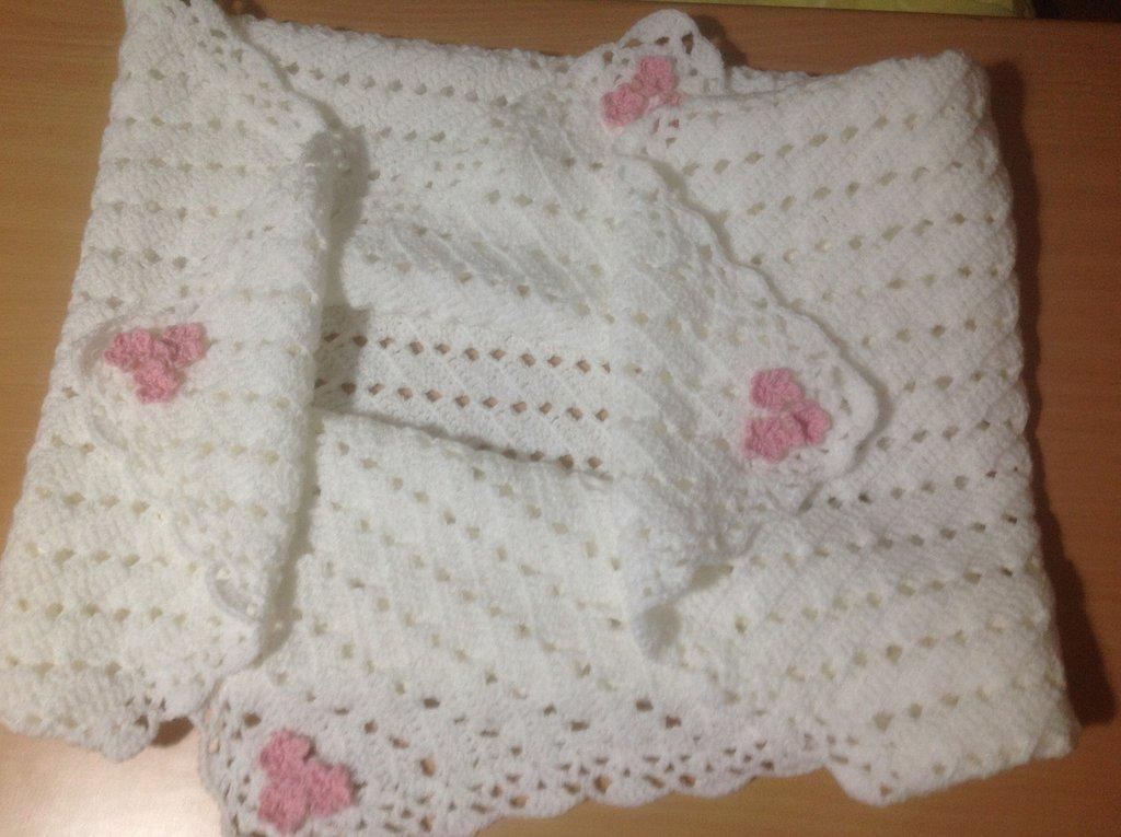 Copertina neonata morbida e calda  per carrozzina e culla