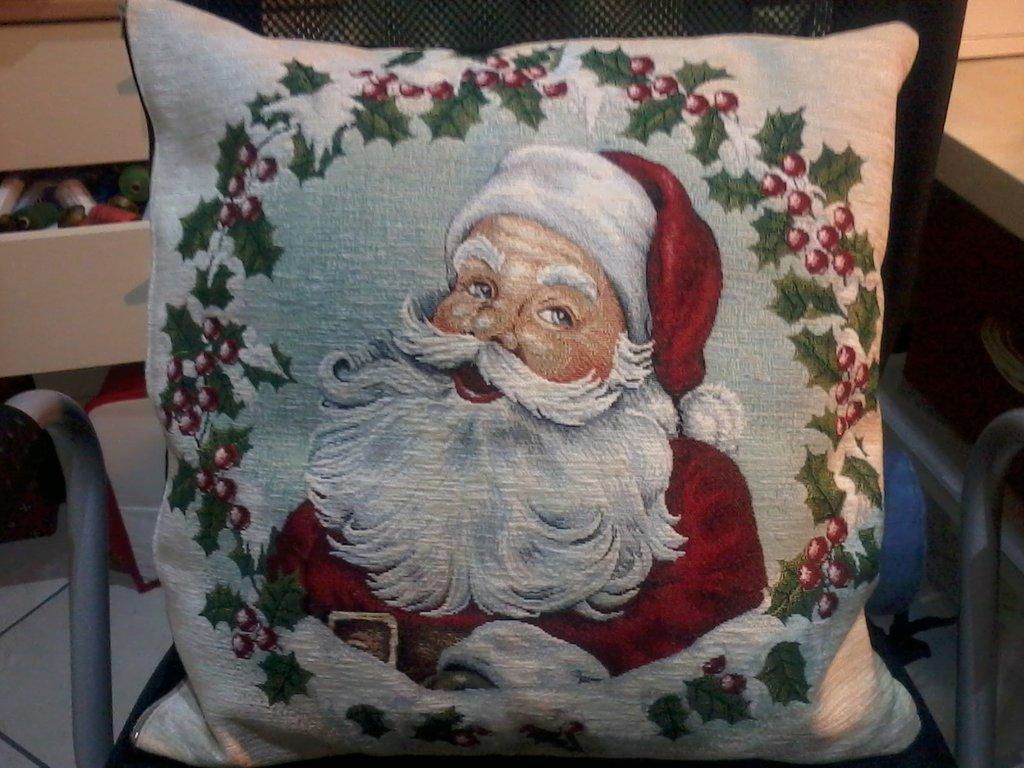 cuscini natalizi in tessuto gobelin  Feste  Natale  di Morbilandia  su MissHobby