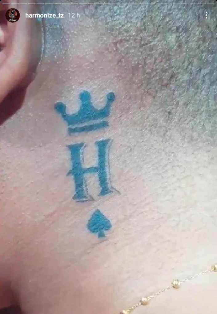 Harmonize and girlfriend get tattoos of each other's names