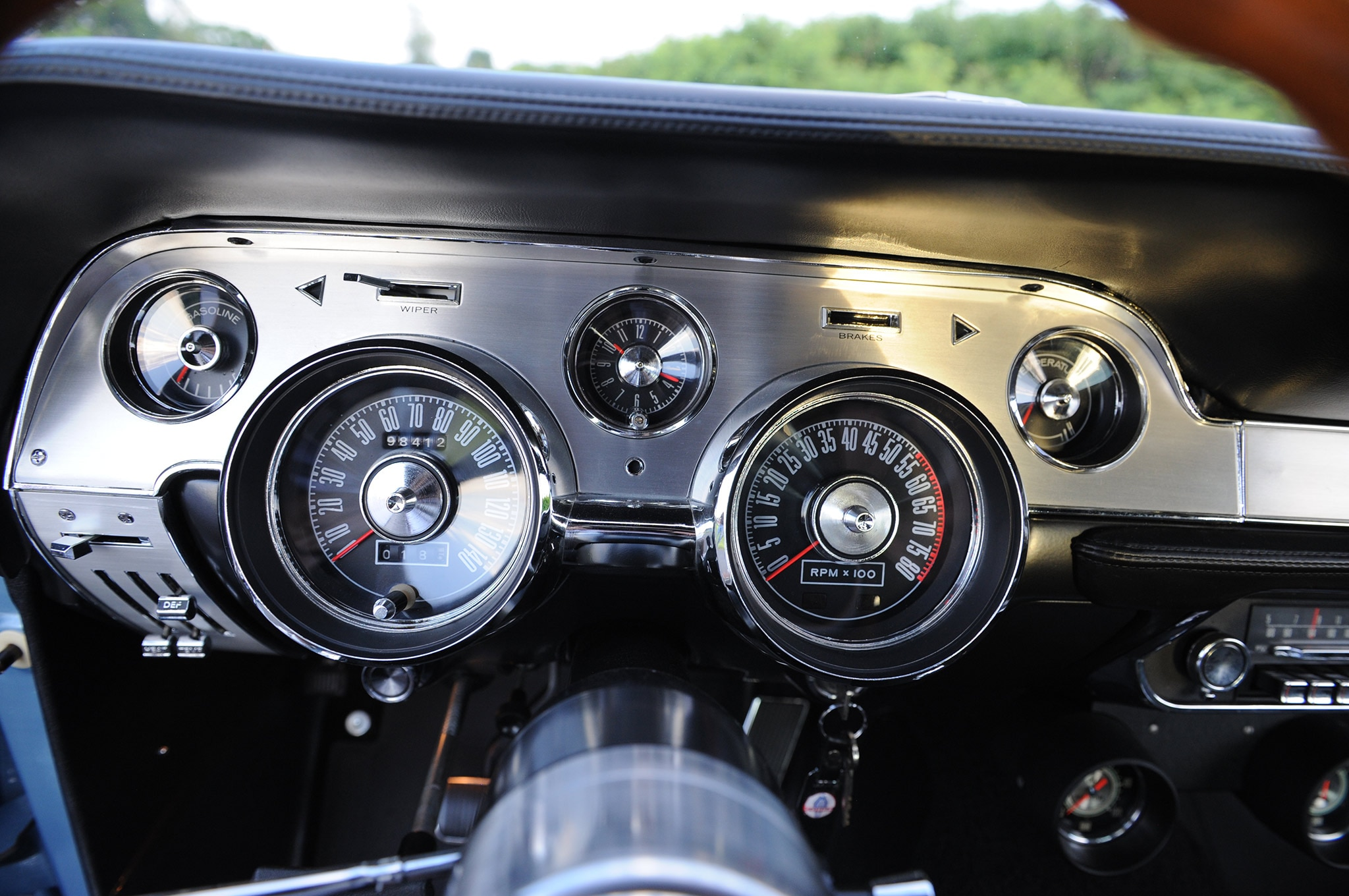 medium resolution of 1967 ford mustang shelby gt500 brittany blue dash