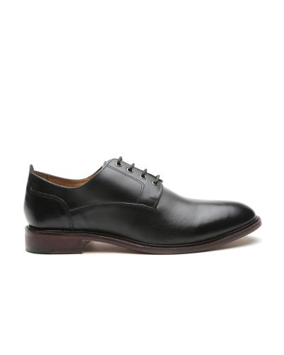 Carlton London Men Black Leather Formal Shoes