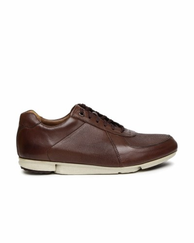 Clarks Men Burgundy Solid Triturn Race Chestnut Leather Sneakers