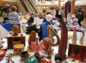 Masked Artisans Market offers socially-distanced craft sale