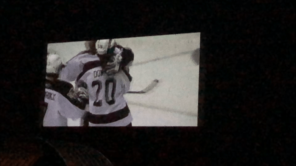 Click to play video: 'Hockey under the stars: Petes host screening of 2006 OHL Championship at Lindsay drive-in theatre.'