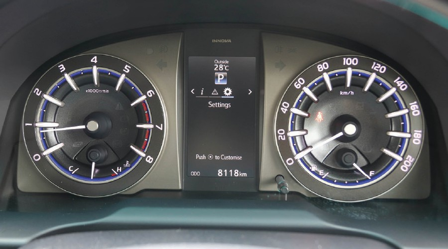 speedometer all new kijang innova grand avanza veloz 1.3 toyota mpv great value from 2 0x straits times the instrument cluster has a 4 inch display in middle