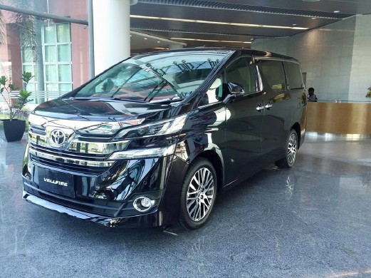 all new alphard vs vellfire perbedaan grand avanza dan xenia umw toyota unveils straits times and distributor of lexus vehicles today unveiled two premium multi purpose mpvs the