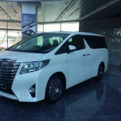 All New Alphard Camry Interior Umw Toyota Unveils Vellfire Straits Times And Distributor Of Lexus Vehicles Today Unveiled Two Premium Multi Purpose Mpvs The