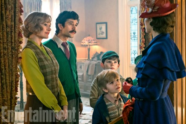 Mary Poppins Return (2018) L to R: Emily Mortimer, Ben Whishaw, TK, TK and Emily Nlunt ANY ADDITIONAL USAGE SHOULD BE CLEARED WITH DISNEY