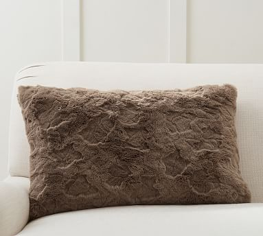 faux fur crackle lumbar pillow cover