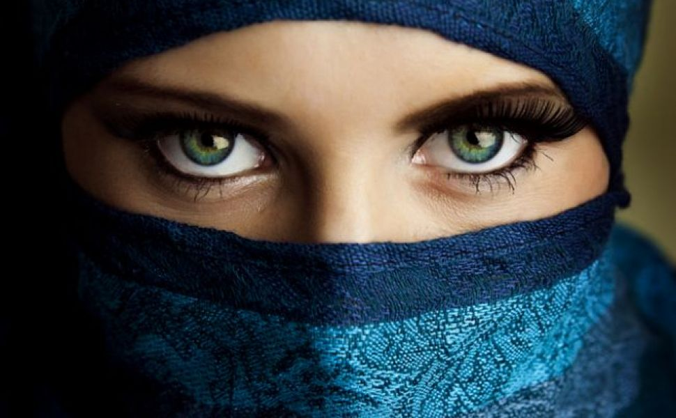 Beautiful Hijab Girl Wallpaper Ce Secrete Ascund Culoarea Si Forma Ochilor Tai Perfecte Ro