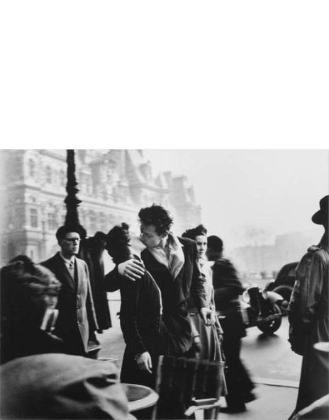 Le Baiser De L'hotel De Ville : baiser, l'hotel, ville, Robert, Doisneau:, Works, Sale,, Upcoming, Auctions, Results