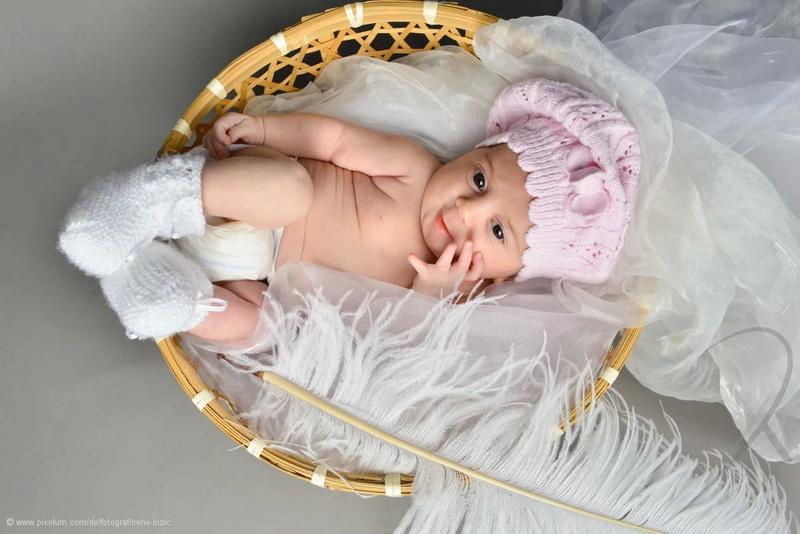 Baby Fotoshooting  Buche hier den besten Babyfotograf in deiner Nhe