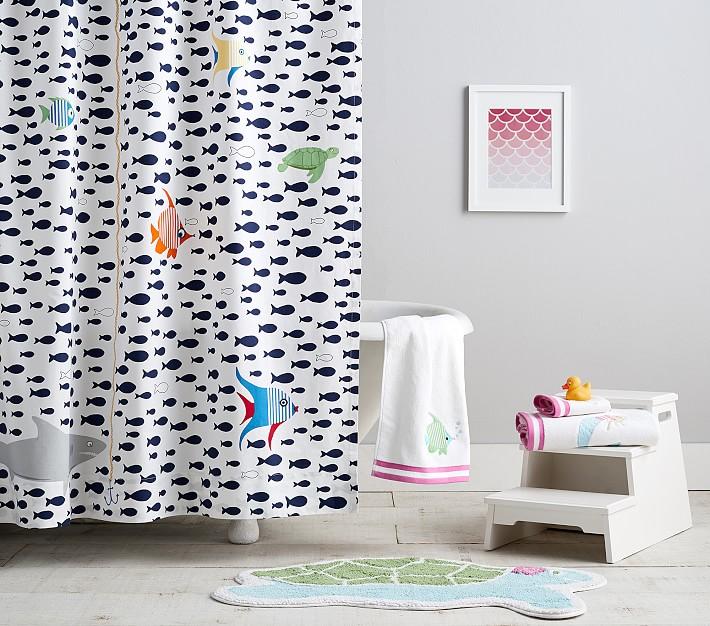 towels shower curtain bath mat