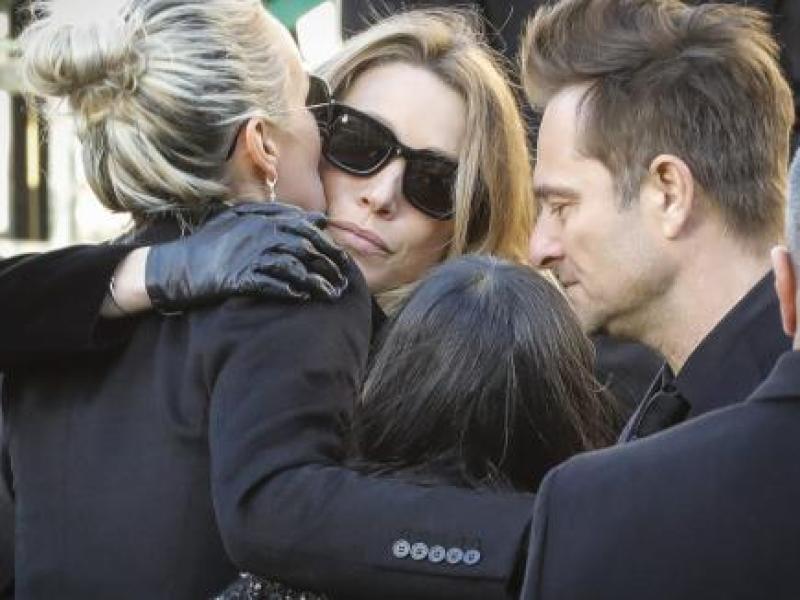 Laeticia Hallyday vs Laura et David : La teneur de leurs SMS échangés avant la mort du chanteur révélée