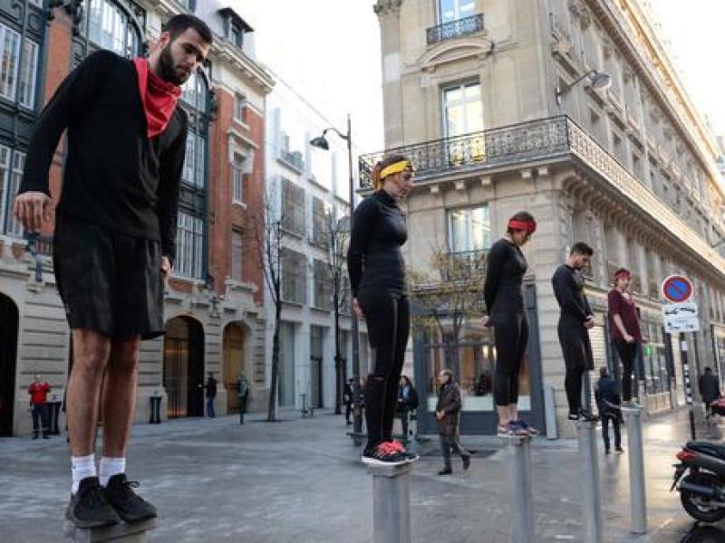 Koh-Lanta : l'épreuve mythique des poteaux… à Paris !