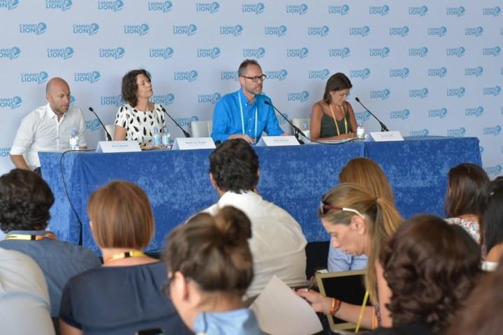 Philip Thomas, CEO do Cannes Lions, comanda coletiva de imprensa