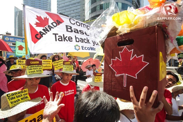 GARBAGE ROW. The EcoWaste Coalition stages a protest on April 29, 2019, calling on Canada to take back its garbage dumped in the Philippines. Photo by Lito Borras/Rappler
