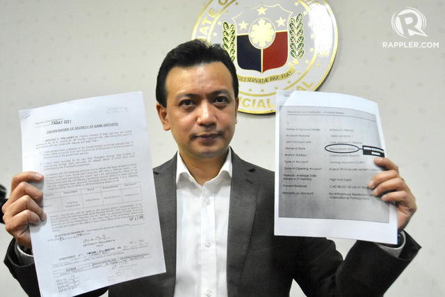 WAIVERS. Senator Antonio Trillanes IV submits signed and notarized bank waivers to the Anti-Money Laundering Council and the Office of the Ombudsman on September 11, 2017. Photo by Angie de Silva/Rappler