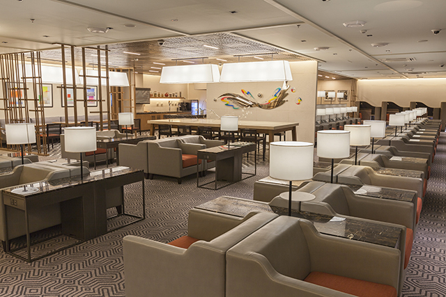 STEPPING UP. Travelers on suites, first, or business class, or members of the PPS Club and KrisFlyer Elite Gold departing on Singapore Airlines operated flights, as well as STAR Alliance Gold card members can enjoy access to the lounge. Photo from Singapore Airlines