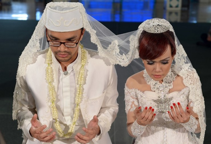 Debate on interfaith marriages resurfaces in Indonesia