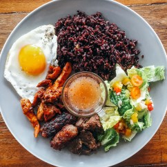 Runners Kitchen Samsung Appliances Reviews Runner S Inside Bianca King Xander Angeles Healthy Restaurant