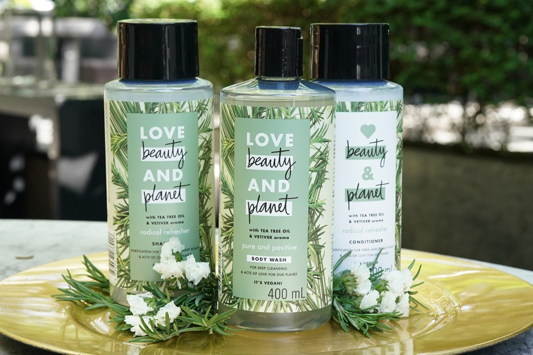 The_Love_Beauty_and_Planet_Tea_Tree_and_Vetiver_Collection.jpg (1280×853)