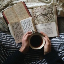 fall aesthetics reading through warm drink