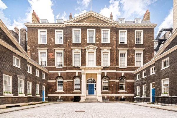 2 Bedrooms Apartment Albany Mayfair London W1j