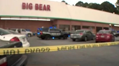 Grocery cashier killed over alleged mask dispute in Georgia; suspect, off-duty cop also wounded