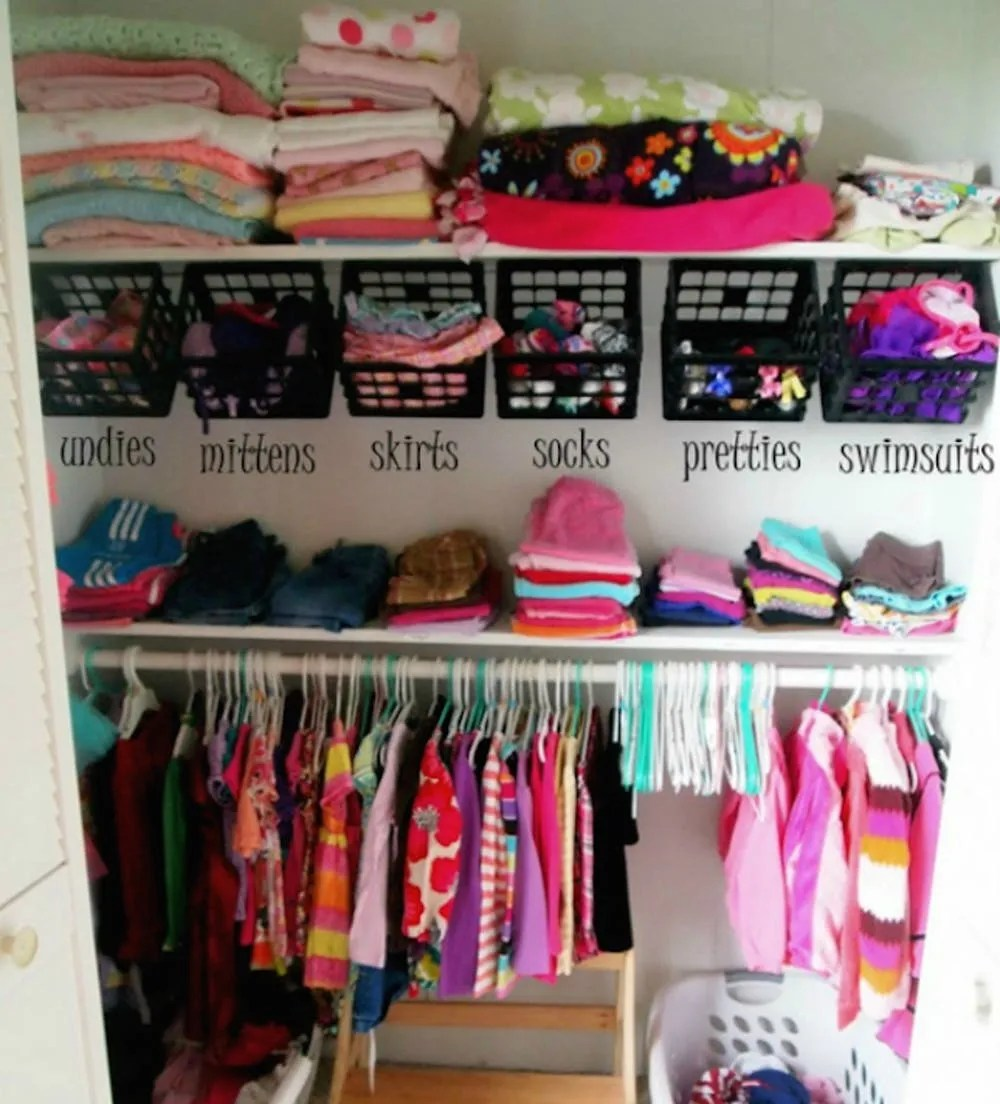 26 Cool And Colorful Ways To Organize Your Kids Room Brit Co