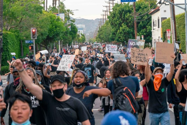 Amid rioting, looting, LA officials move to slash police budget by up to $150 million to reallocate money to black communities
