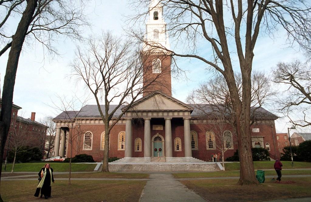 Students demand Harvard revoke diplomas of Trump allies