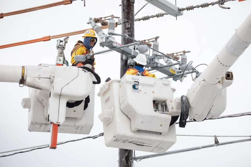 Texans now getting hit with massive electric bills; highest reported so far is ,000