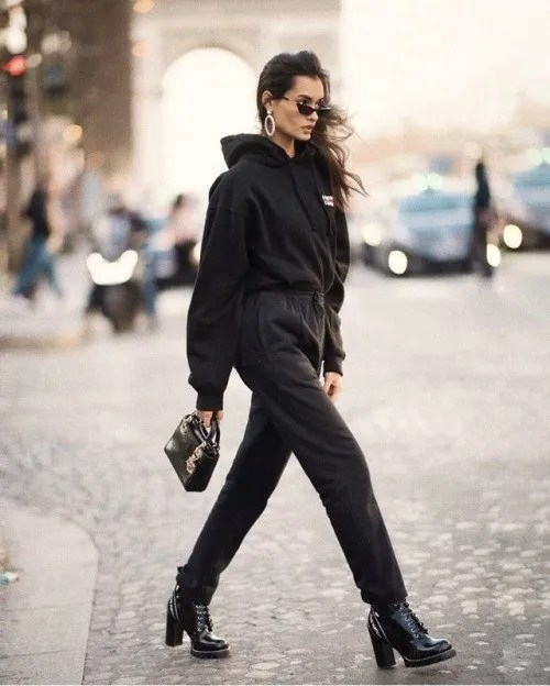 15 black outfits for