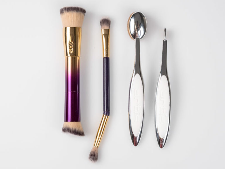 Tarte and Artis brush comparison for Makeup Brushes