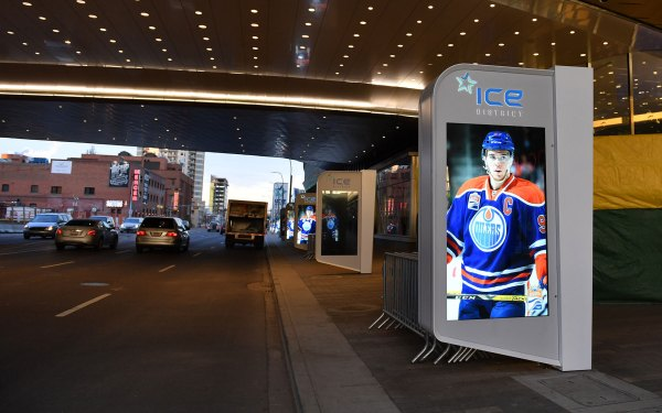 Gretzky Unveil And Oilers Hall Of Fame