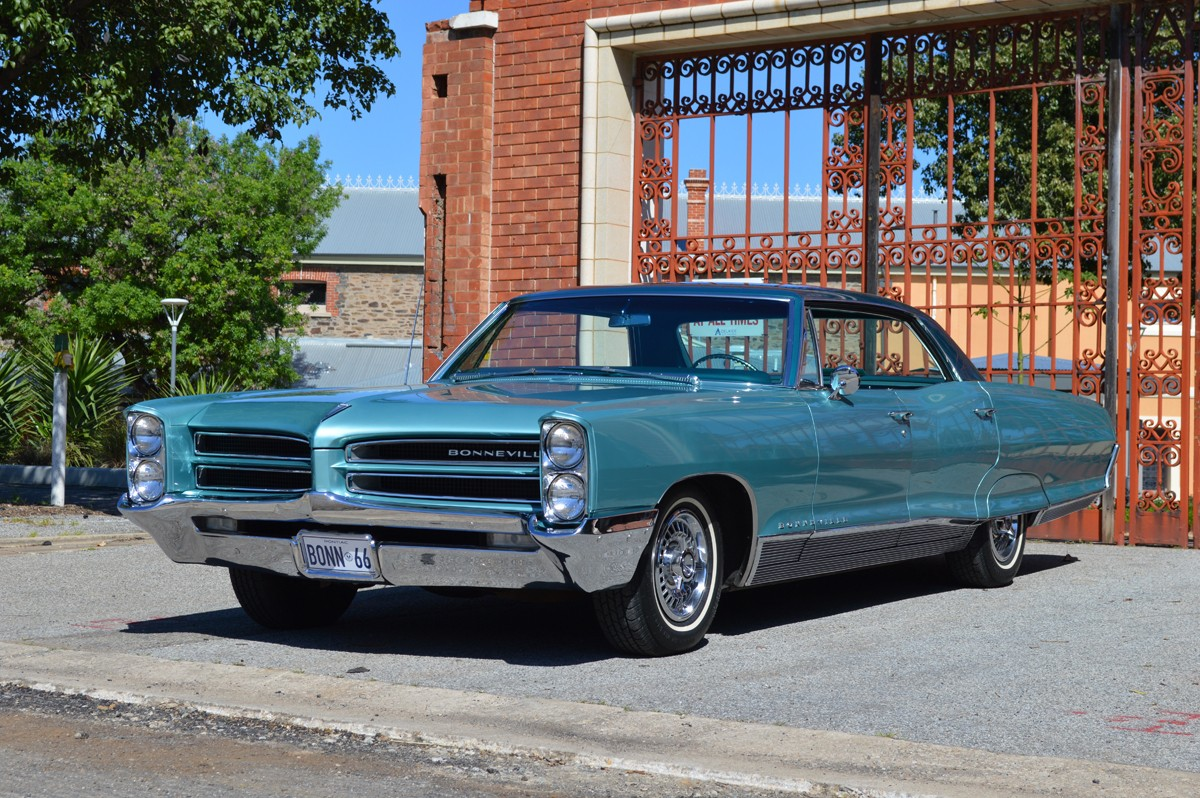 hight resolution of 1966 pontiac bonneville 4dr h top