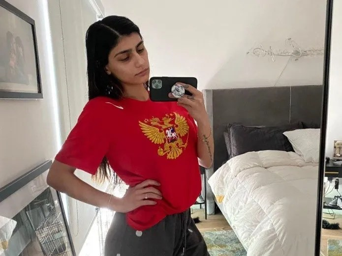 Video Mia Khalifa responds to criticism of showing off the hot body(Instagram)